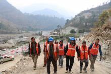 गाउँपालिका प्रमुख ज्यु सहितको टोली पन्चनमा निर्माणाधिन हार्इड्रोपावरको  अनुगमनमा